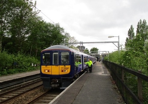 09.02 electric service at Eccles, 17th May 2015